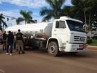 Caminhão de combustível bate em moto na BR-319 em Porto Velho