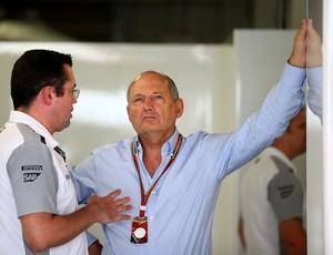 Eric Boullier e Ron Dennis, comandantes da McLaren, estão confiantes para GP da Austrália (Foto: Getty Images)