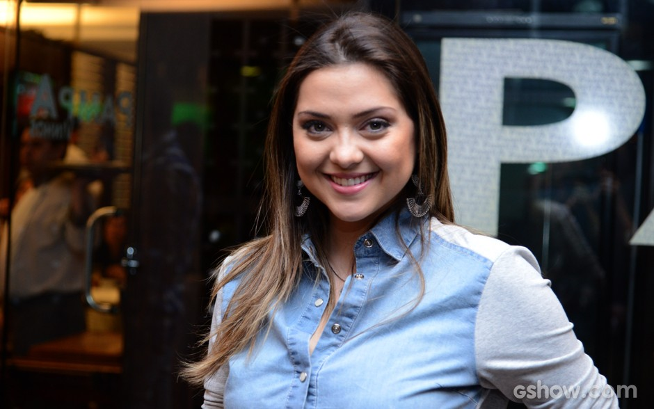 Polliana Aleixo conta seus planos para depois da novela (Foto: Raphael Dias / TV Globo)