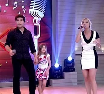 Lara entre Daniel e Luiza Possi (Foto: TV Globo)