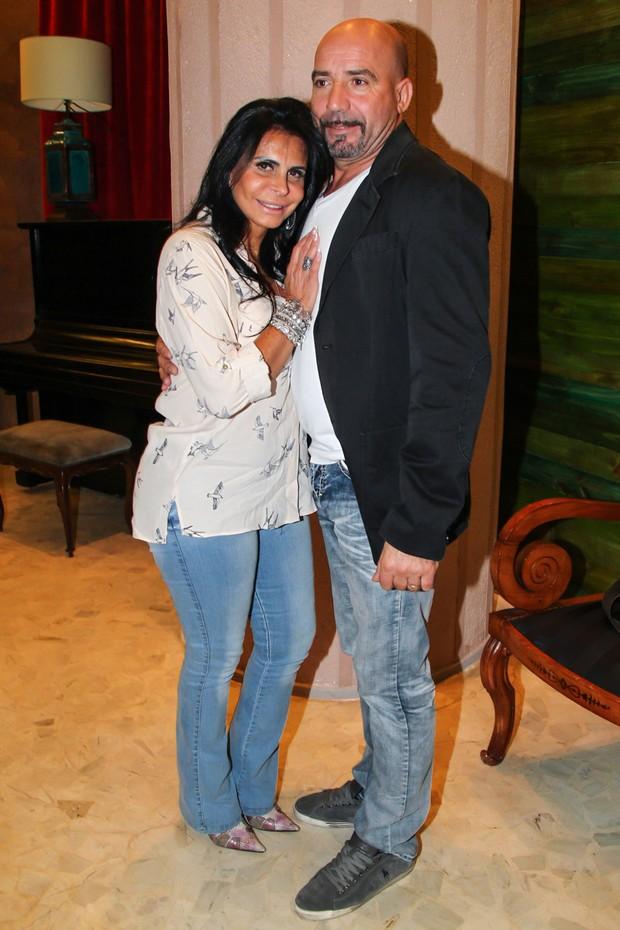 Gretchen e o marido (Foto: Manuela Scarpa/PhotoRio News)