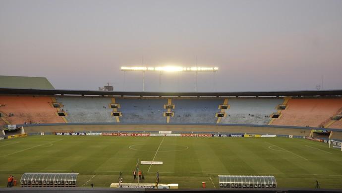 Serra Dourada - Goiás x Fluminense - Copa do Brasil 2013 (Foto: Guilherme Gonçalves / Globoesporte.com)