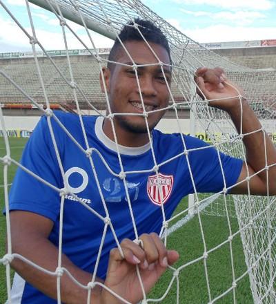 Hernane, atacante do Mogi Mirim (Foto: Sergio Gandolphi / Globoesporte.com)
