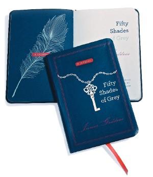 SEGREDO Exemplares do caderno O diário da deusa interior (Vintage Books). A leitora preenche com suas próprias fantasias (Foto: Divulgação)