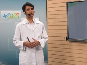 Professor Emir Nunes (Foto: Carlienne Carpaso/G1)
