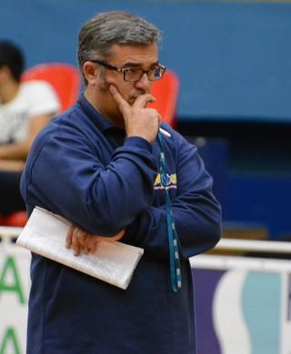 Paco García técnico Mogi das Cruzes (Foto: Bruno Rocha)