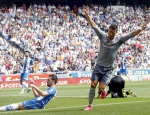 Cristiano Ronaldo celebra gol do Real sobre o Espanyol