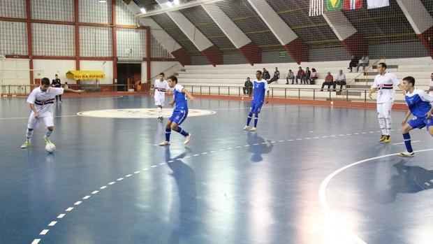 Mogi/ São Paulo Suzano futsal (Foto: Thiago Fidelix)