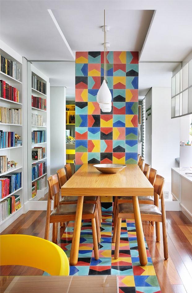 Novo layout do ap paulista de 100 m casa vogue apartamentos for Piastrelle cucina colorate