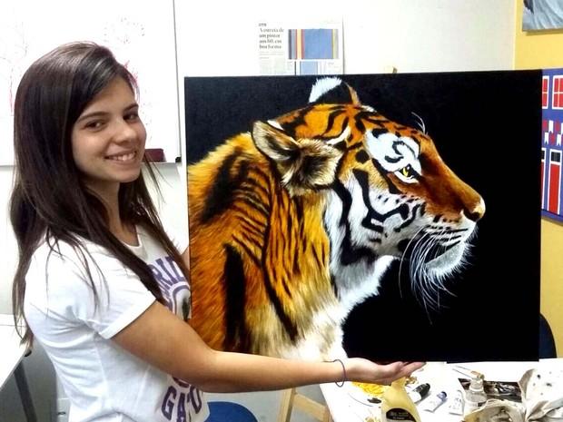 Estudante de 16 anos já participou de três exposições de artes (Foto   Nelson Braga 817dd87885f
