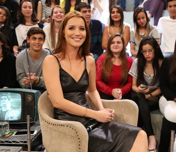 Nathalia Dilll participa do programa Altas Horas (Foto: Carol Caminha/Gshow)