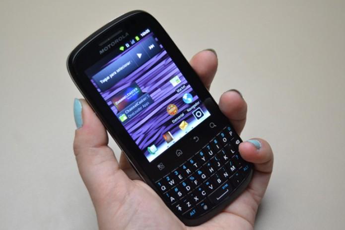 Smartphone Motorola Spice Key XT316