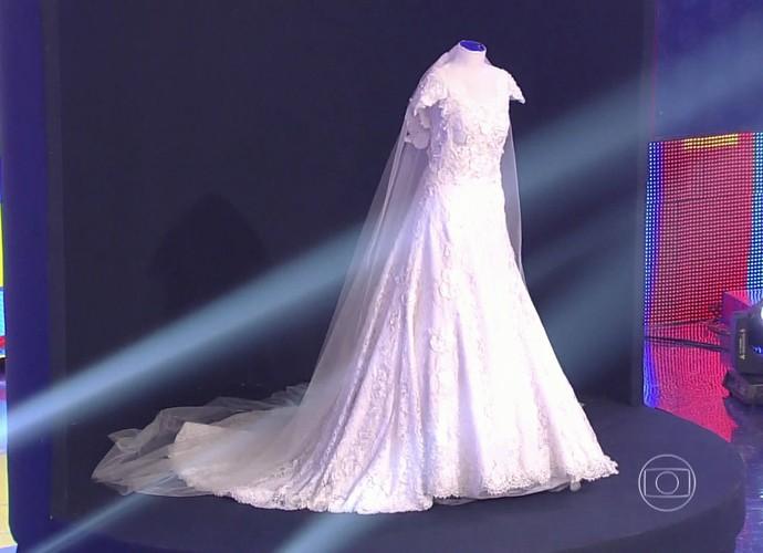 Lindo vestido de noiva desenhado por uma renomada estilista   (Foto: Gshow)