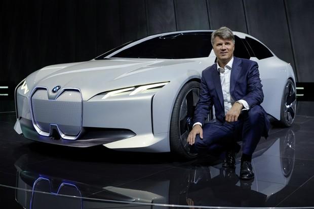 Conceito BMW i Vision Dynamics é apresentado no Salão de Frankfurt (Foto: Divulgação)