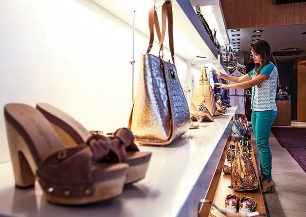 Empresa;Consumo;Moda;Carmen Steffens;Loja;Shopping Franca;bolsas (Foto: Fabiano Accorsi)