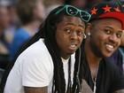 Lil Wayne sofre nova convulsão e passa noite no hospital, diz site