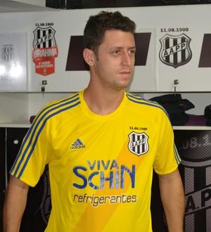 Felipe Menezes, meia Ponte Preta (Foto: Heitor Esmeriz)