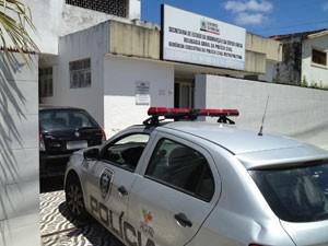 Filho do secretário de Segurança Pública é detido em João Pessoa  (Foto: Walter Paparazzo/G1)