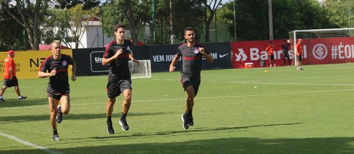 D'Alessandro Uendel Rodrigo Dourado Inter Internacional (Foto: Tomas Hammes/GloboEsporte.com)