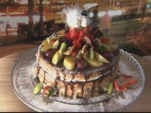 Bolos decorados são os pratos principais de festas de aniversário e casamento. (Foto: Amazônia em Revista)