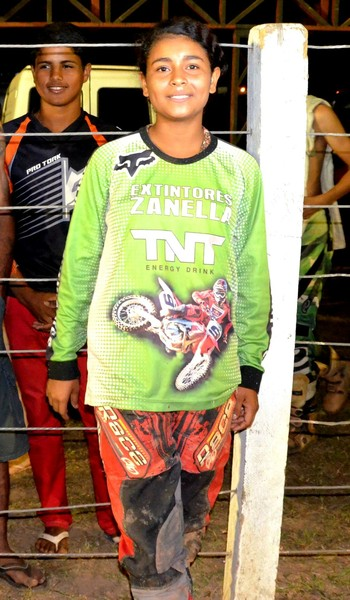 Djéssica Santos, acreana piloto de motocross (Foto: Nathacha Albuquerque)