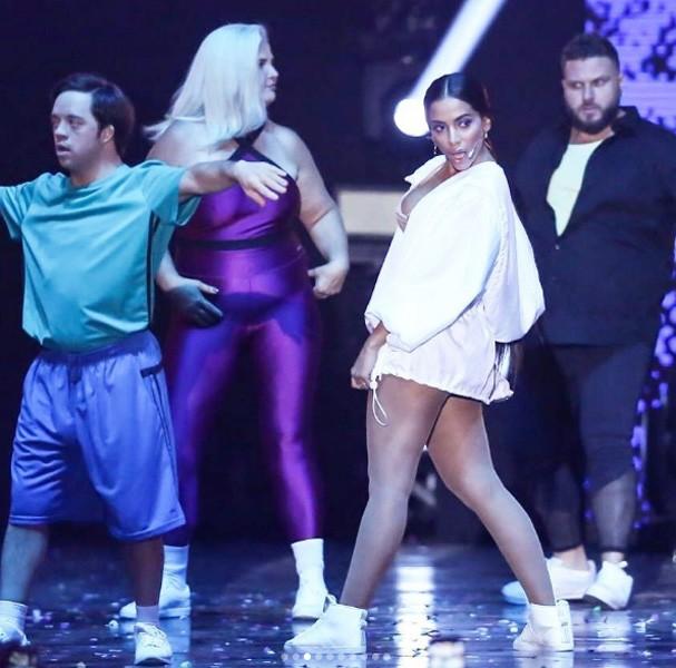 Anitta durante apresentação (Foto: Reprodução Instagram)