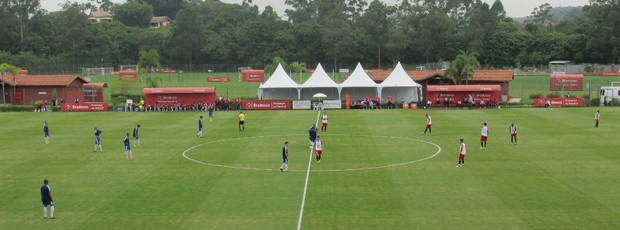 São Paulo RB Brasil jogo-treino (Foto: Carlos Augusto Ferrari)