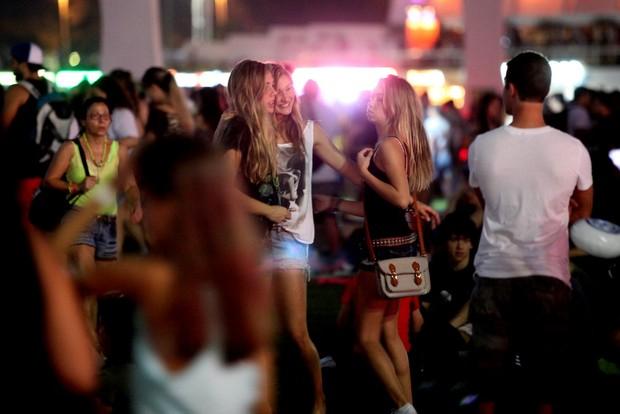 Sasha com as amigas (Foto: Claudio Andrade / Foto Rio News)