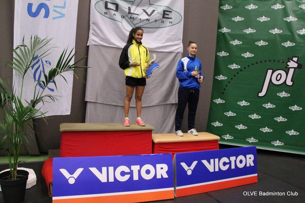 Juliana Viana com 12 anos disputa nas categorias sub-15 e sub-19 (Foto: Arquivo Pessoal)