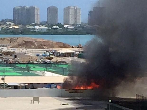 Incêndio no Parque Olímpico (Foto: Antonio Pinheiro / Arquivo pessoal)