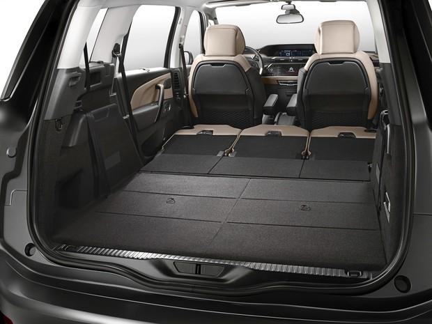 Porta-malas do Citroen Grand C4 Picasso (Foto: Divulgação)