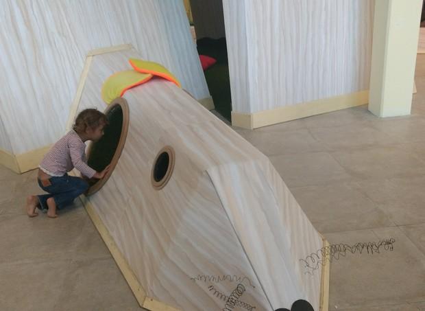 Brinquedos de madeira para as crianças explorarem à vontade  (Foto: Vanessa Lima/ Crescer)
