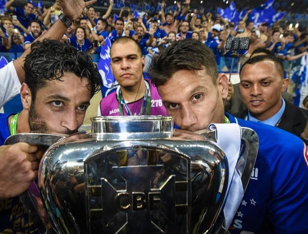 Léo; Henrique; Cruzeiro