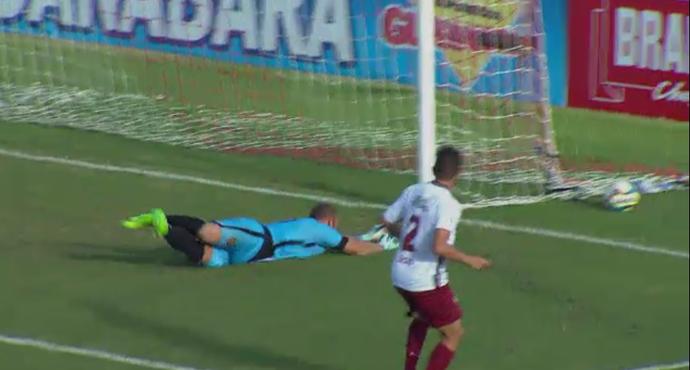 """Rafael, do Madureira, é o """"vilão"""" da rodada do """"É Gol!!!"""" (Foto: Reprodução/SporTV)"""