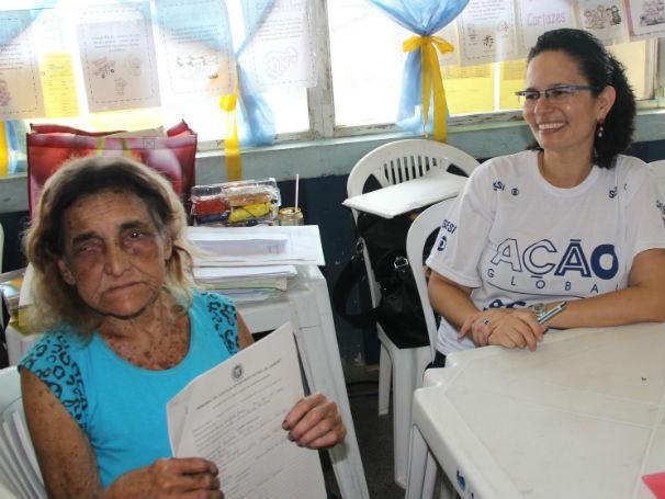 Leide Ferreira tirou o registro de nascimento na Ação Global (Foto: Divulgação/Alessandra de Paula)