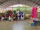 Crianças com microcefalia ganham festa e recebem doações no Recife