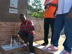 Imigrantes reclamam de falta de água em abrigo de Rio Branco