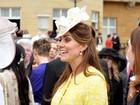 Kate Middleton exibe barrigão de grávida em evento oficial