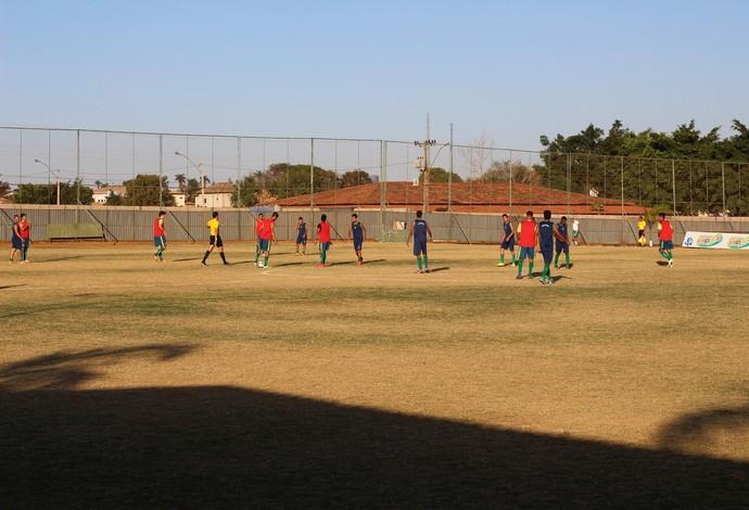 Reservas tiveram jogo-treino com o Brazlândia na tarde desta quarta-feira. (Foto: Lucas Magalhães)