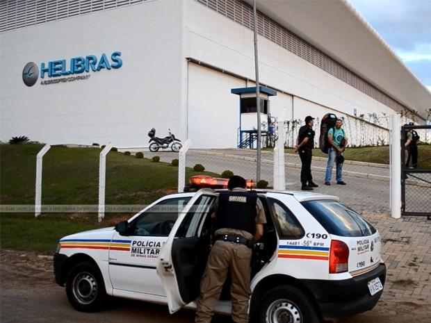 Helibras chamou a PM, mas pilotos não foram presos (Foto: Luciano Lopes)