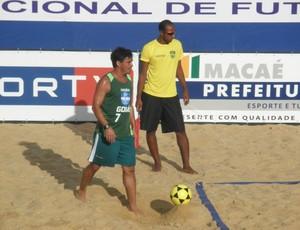 Alex Dias com Goiás na etapa de Macaé da Liga Nacional de Futevôlei (Foto: Divulgação / LNF)