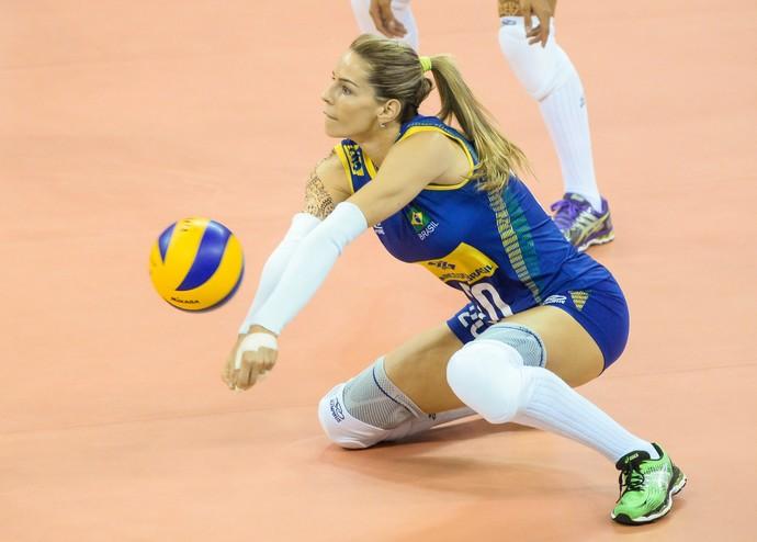 Suelle, Brasil x Rússia - Grand Prix de vôlei (Foto: Divulgação / FIVB)