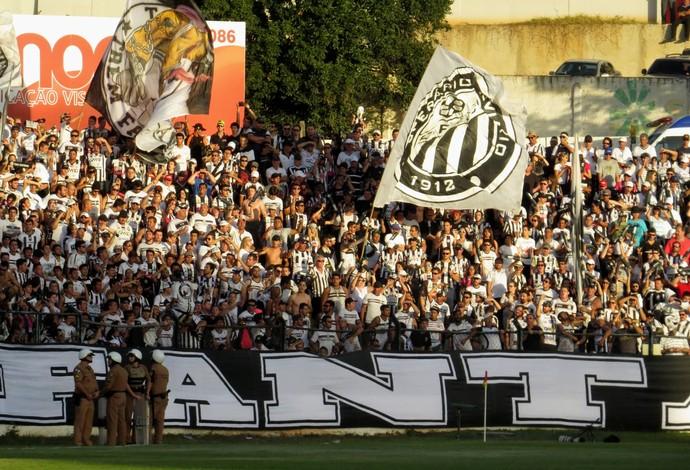 Torcida do Operário-PR no Estádio Germano Krüger (Foto: Fernando Freire)