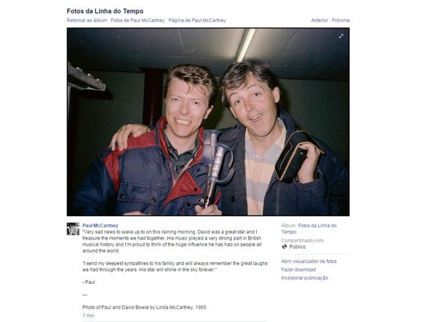 Paul McCartney postou foto de 1985 em que aparece ao lado de David Bowie; a imagem foi feita por Linda, mulher do beatle na época (Foto: Reprodução/Facebook/Paul McCartney)