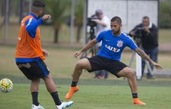 Corinthians renova contrato de lateral recém-recuperado de lesão no joelho