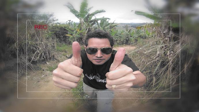 Cesinha durante matéria para o 'EMME' em 2011 (Foto: Divulgação / TV Gazeta ES)