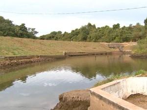 Nível de reservatórios baixo obrigou Casa Branca a ampliar racionamento (Foto: Oscar Herculano Jr/ EPTV)