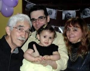 Alan mostrou ser apegado à família durante passagem pelo BBB (Foto: Arquivo pessoal)