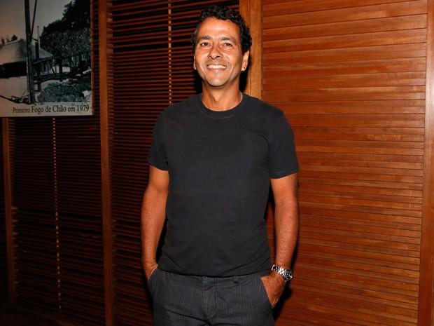 Marcos Palmeira posou sorridente para o Gshow (Foto: Felipe Monteiro/Gshow)