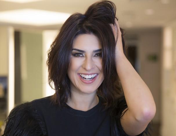 Fernanda Paes Leme retoca a cor do cabelo (Foto: Divulgação)